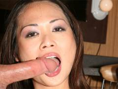 Nyomi Zen Asian hottie perform amazing head
