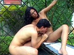 Shemale Enjoy Outdoor Cock Sucking