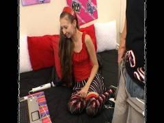 Phallus Teasing Teens 4